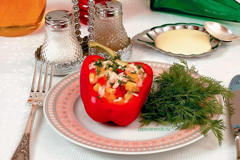 Болгарский перец фаршированный рисом и овощами