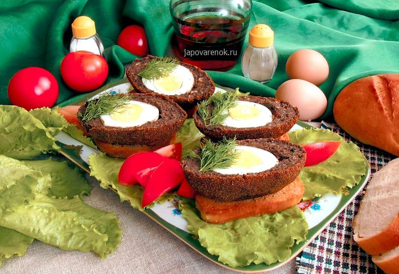 Как приготовит вареные яйца в рыбном паштете