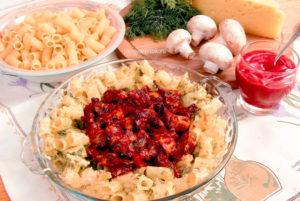 Грибы с макаронами и сыром