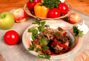 Хашлама из баранины с овощами