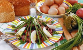 Как приготовить салат Дачный