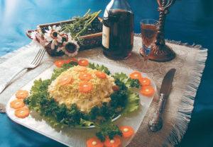 Салат Мимоза с рыбными консервами