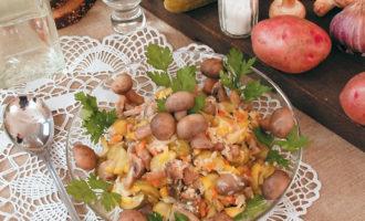 Овощной салат с грибами Закусочный