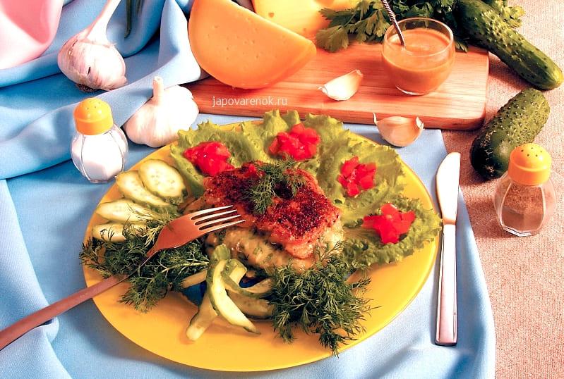 Свинина фаршированная сыром и зеленью