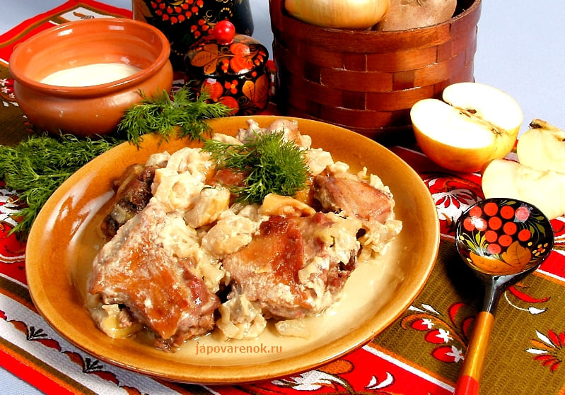 Очень вкусный рецепт - Утка тушёная в сметане