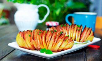 Легкий рецепт картошки-гармошки