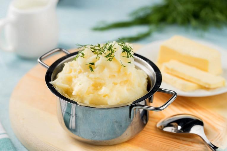 Вкусное картофельное пюре на кефире и сливочном масле