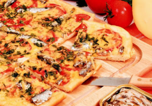 Пицца со шпротами