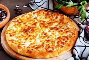 Хачапури с сыром из дрожжевого теста