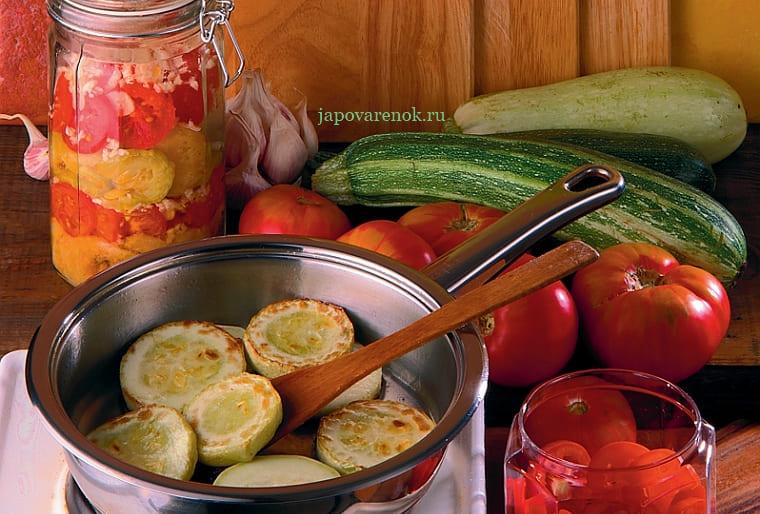 Жареные кабачки консервированные с помидорами