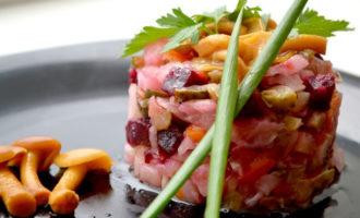 Рецепт винегрета с маринованными опятами