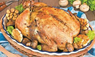 Курица фаршированная грибами в духовке. Вкусный рецепт