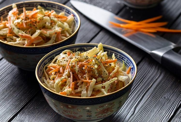 Салат Коул Слоу – популярный американский салат из капусты