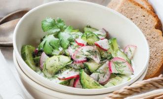 Простой и вкусный салат средисом