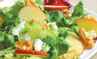 Салат с сельдереем - Вальдорфский
