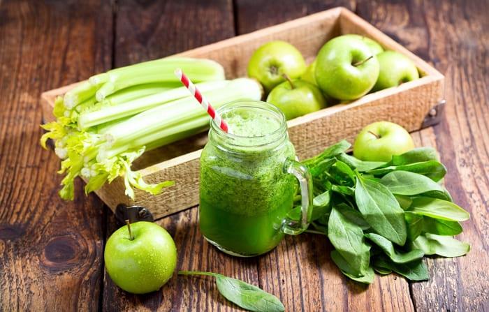 Отличный витаминный салат для легкого перекуса и диет