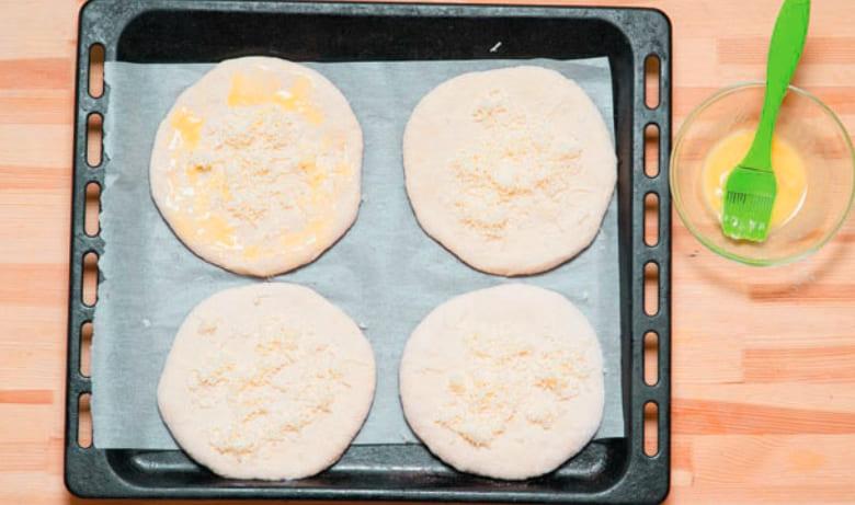 Хачапури по-мегрельски - настоящий грузинские рецепт с сыром