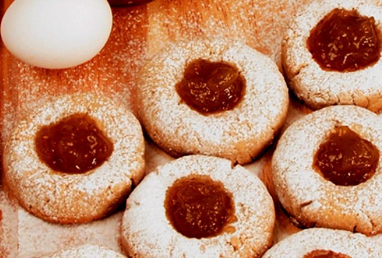 Печенье с джемом из песочного теста